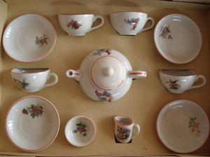 VINTAGE DOLLS CHINA TEA SET