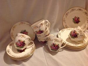 Lovely tea set all complete