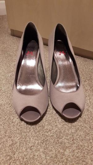 Size 6 Kurt Greiger Taupe shoes BRAND NEW