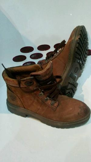 Timberland womens boots sizeb 6.5 M