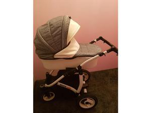 3 in 1 travel system in Bromley