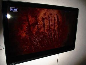 46 Inch Aquos Colour TV Great condition with Wall brackets