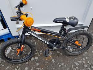 Apollo pompom kids bike 14quot excellent like