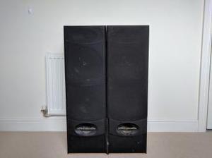 Wharfedale Valdus 400 speakers