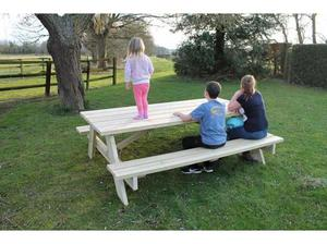 8' King Size Benches in Bury St. Edmunds