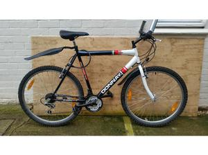 Donnay Savona 18 speed 26 inch wheel mountain bike in
