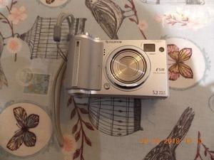 Fujifilm Finepix 5.2 mega pixel E510 digital camera