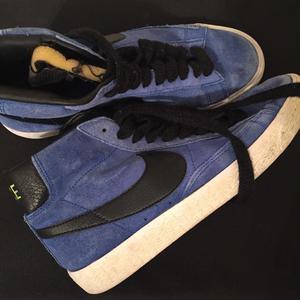 Old school Nike blazer size 5.5