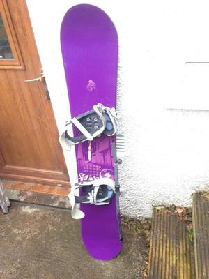 Snowboard, binding and flow 150cm x25cm