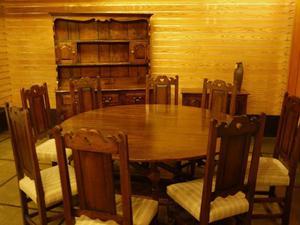 Honey oak dining room furniture