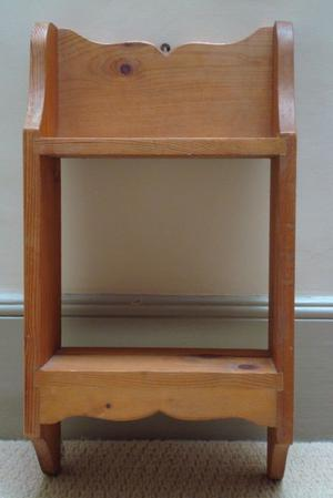 **** Beautiful Antique style Open Back 2 Tier Pine Shelf Rack ****