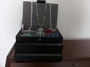 Black jewellery box - 3 compartments