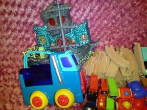 Nice little bundle of random kids toys £6 the lot
