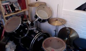 5 piece Kestrel drum kit