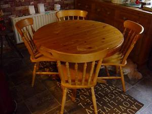 Antique Solid Pine pedestal circular table and 4 Chairs