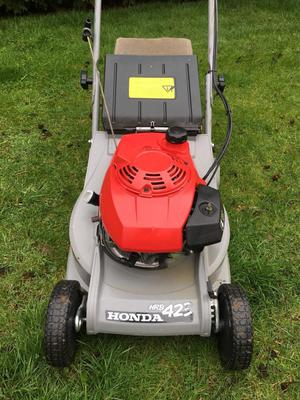 "HONDA HRB 423 LAWNMOWER 4 STROKE PETROL 17"" REAR ROLLER POWER DRIVEN ROTARY"