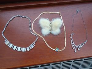 Nice Little Lot of Vintage Jewellery In Good Condition