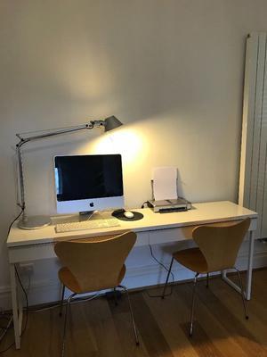 Ikea Besta Burs High Gloss White Desk