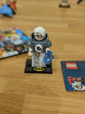 Lego Batman Mini figure Series 2 Jor-El with bag and leaflet
