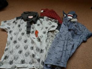 2 x Boys T-shirts & 1 jumper age 3-4