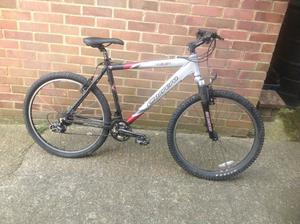 Aluminium Carrera Vulcan Mountain Bike 24 Speed