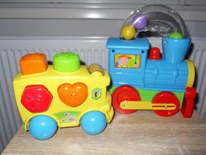 Toddlers fun engine and shape sorter bus