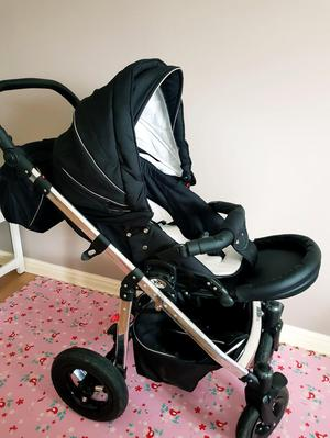 VIB Serenity 3 in 1 Pram incl Pushchair and Car seat