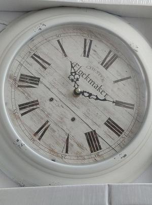 30cm Brand new in box white distressed look wall clock
