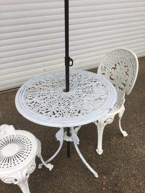 Cast Garden Table, 2 chairs and parasol