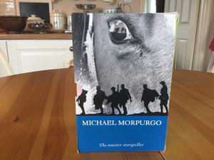 Box set of 7 Michael Morpurgo books.