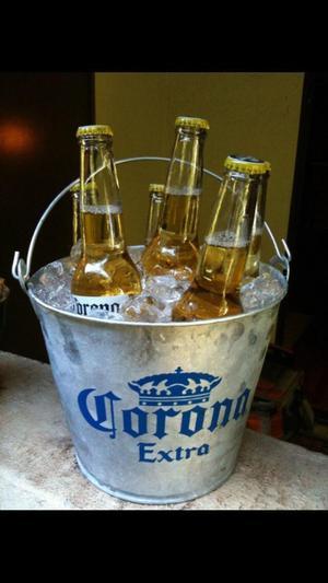 Ice bucket / drinks cooler