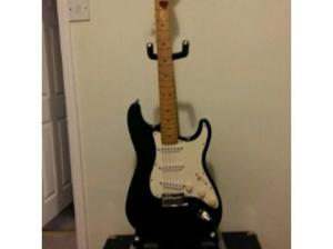 Dec  usa fender strat + fender amp in Pontefract