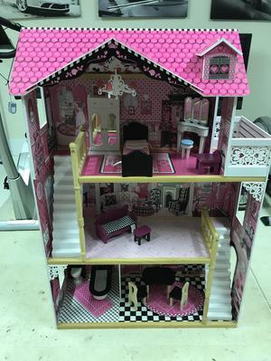 Large 3 Storey Dolls House