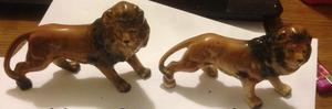 pair of vintage lions made in Japan in excellent condtion