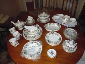 wedgewood dinner and tea service