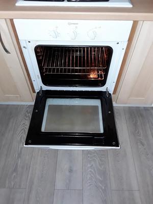 In desit built in oven