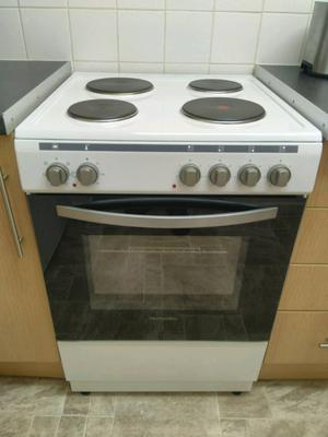 Montpellier 60cm electric cooker