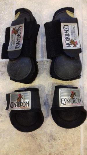 PONY ESKADRON TENDON AND FETLOCK BOOTS