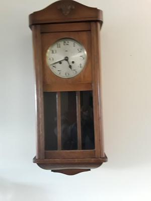 's pendulum clock