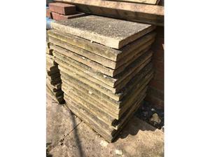 39 x 45cm x 45cm paving slabs in Southampton