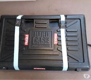 Hard shell bike case. Bicycle suitcase - £100