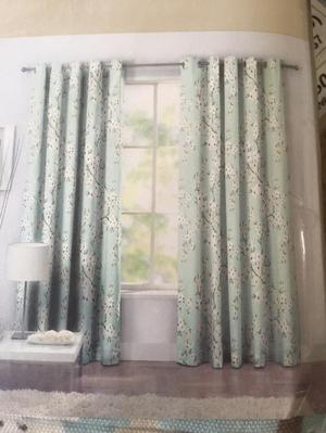 FOR SALE NEW HEART OF HOUSE RING TOP CURTAIN 90X90 AND 44X72