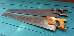 2 x VINTAGE HAND SAWS 26 INCH - bargain£ 30 ovno
