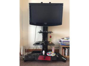 "Samsung 32"" TV and TV stand for sale in Kidlington"