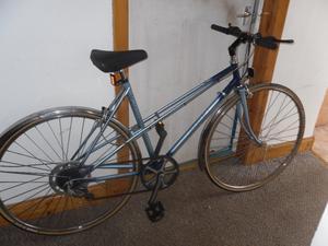 ladies road bike raleigh wisp
