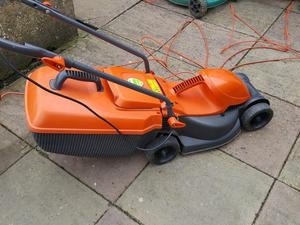 Flymo Rollermo Electric Lawn Mower