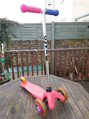Pink 3 Wheel Micro Scooter with new handle grips and wheel