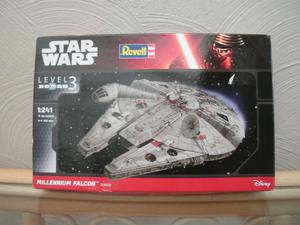 "REVELL KIT, STAR WARS ""MILLENIUM FALCON"",No.,"