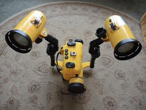 SCUBA UNDERWATER ACCESSORIES SONY FLOODLIGHTS AND CAMCORDER CASE VGC BARGAIN RARE FIND