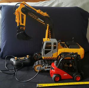 Toy Set with Remote Control Digger and Forklift